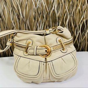 B MAKOWSKY Cream Leather hand bag.
